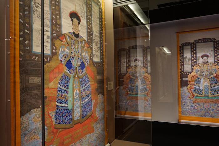 展览中的后宫嫔妃像