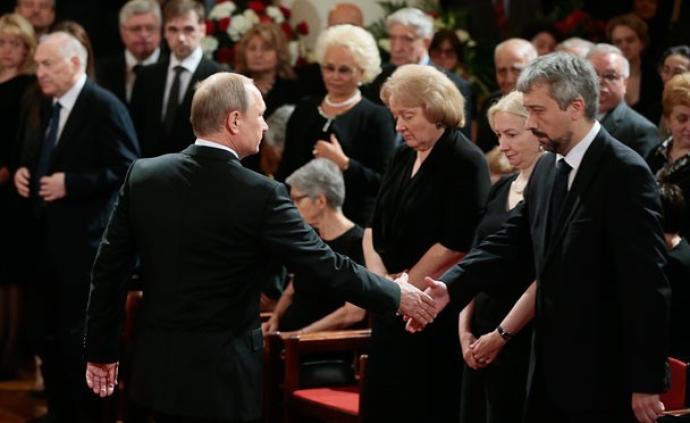 """普京的""""孩子们""""⑬ 小普里马科夫:俄罗斯公共外交新掌门"""
