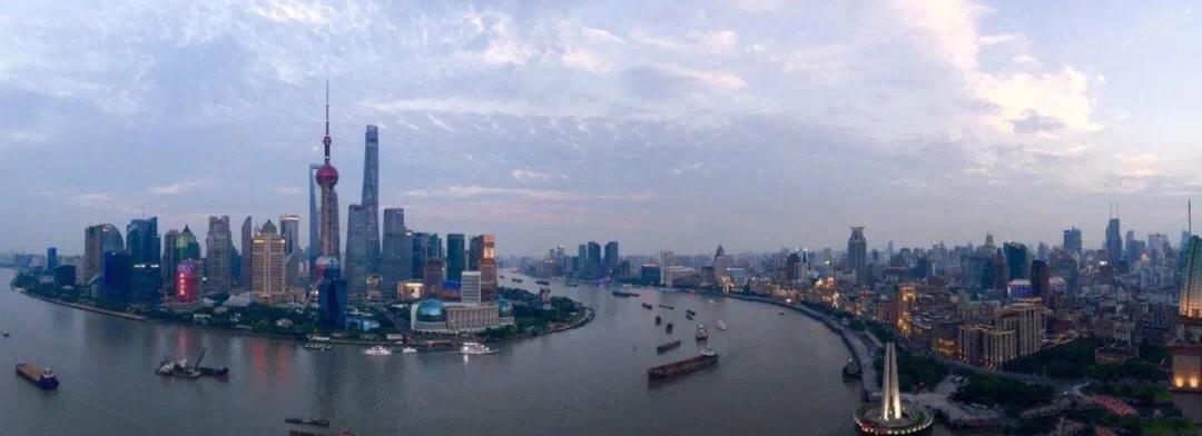 上海外滩茂悦大酒店饱览浦江两岸美景