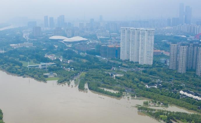 國常會:科學規劃和改造完善城市河道、堤防等防洪排澇設施
