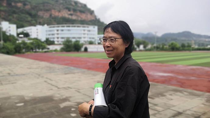 全国第一所免费女子高中:张桂梅与大山女孩的12年