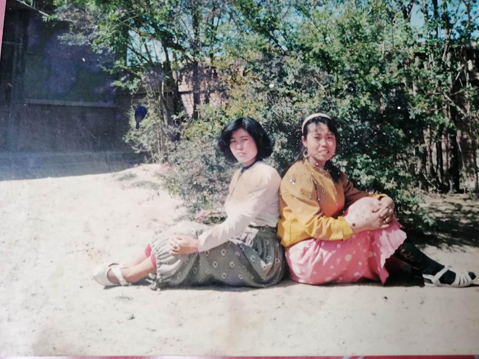 王晓玲和妹妹合照