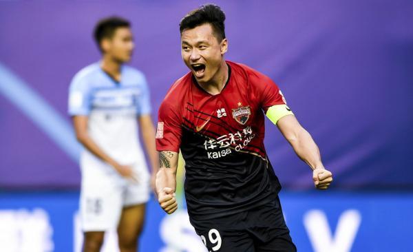 郜林已经成为深圳队长。