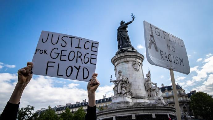 """法式警暴:""""弗洛伊德之死""""的法國鏡像與義憤之外的復雜面向"""