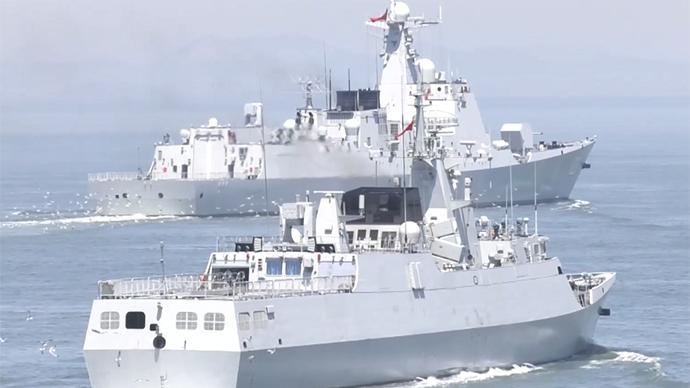 视频丨南昌舰进行主炮对岸上目标射击训练