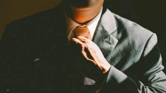 职场PUA有哪些表现?法官指引维权:劳动者要提高证据意识