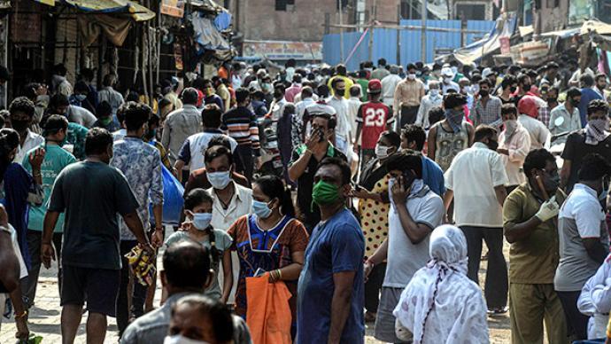 研究:孟買三個貧民窟過半居民或感染新冠病毒,但死亡率極低