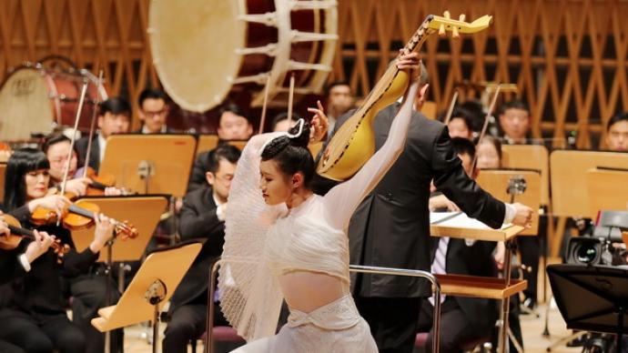 """上海夏季音乐节闭幕,谭盾《敦煌·慈悲颂》""""回家"""""""