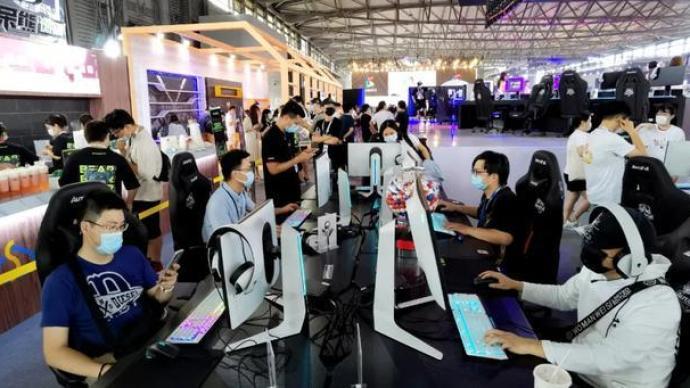 夜讀丨當電競遇到上海,美妙的事發生了