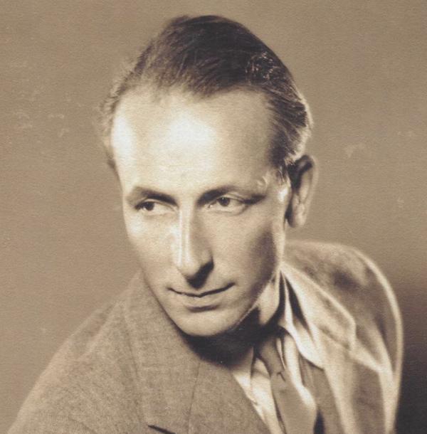 《书籍收藏ABC》的作者约翰·卡特