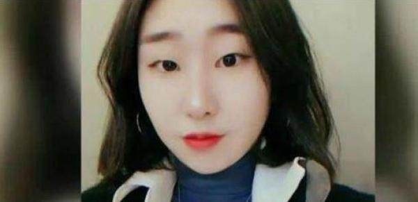 22岁的韩国铁三运动员崔淑贤。