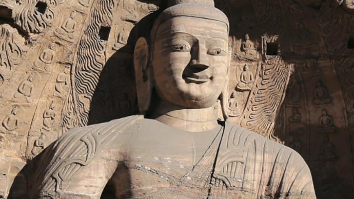 半偏袒式佛像袈裟溯源:何以中土流行,印度反而罕见