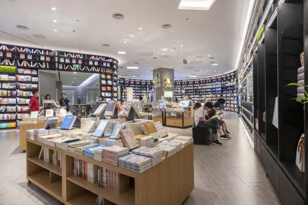 上海书店打造舒适文化空间