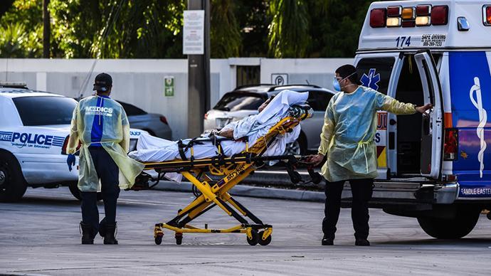 约翰斯·霍普金斯大学:全球新冠死亡病例超70万例