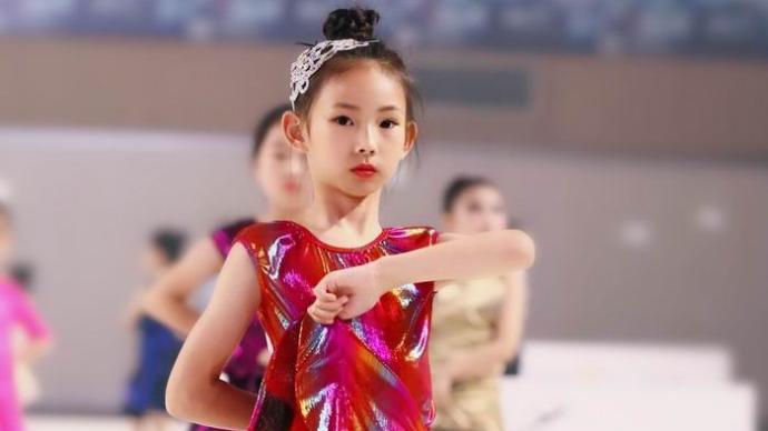 舞蹈在小小少年心中扎了根,坚持学习让她面对挑战更有勇气