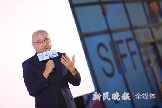 徐峥与影迷交流 新民晚报记者 孙佳音摄