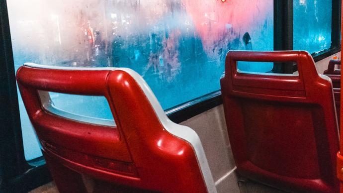 上海今年计划建成3条轨交线,投运上千辆无障碍新能源公交车