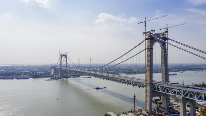 五峰山長江大橋啟動靜載試驗,系世界首座高速鐵路懸索橋