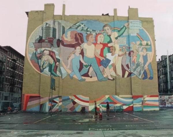 影片中所展现的上世纪70年代的纽约公共艺术——街头艺术作品