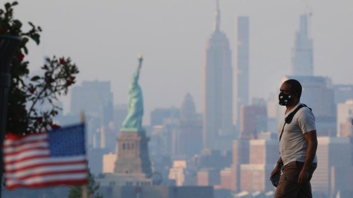 連續16天!美國新冠肺炎死亡病例日均超過1000例