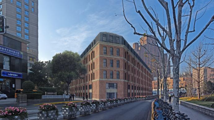 上海115岁金山大楼启动修缮,将加装电梯恢复清水砖外墙面