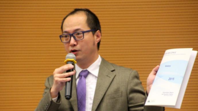 发表出位言论、考题有倾向性,香港考评局历史科经理辞职