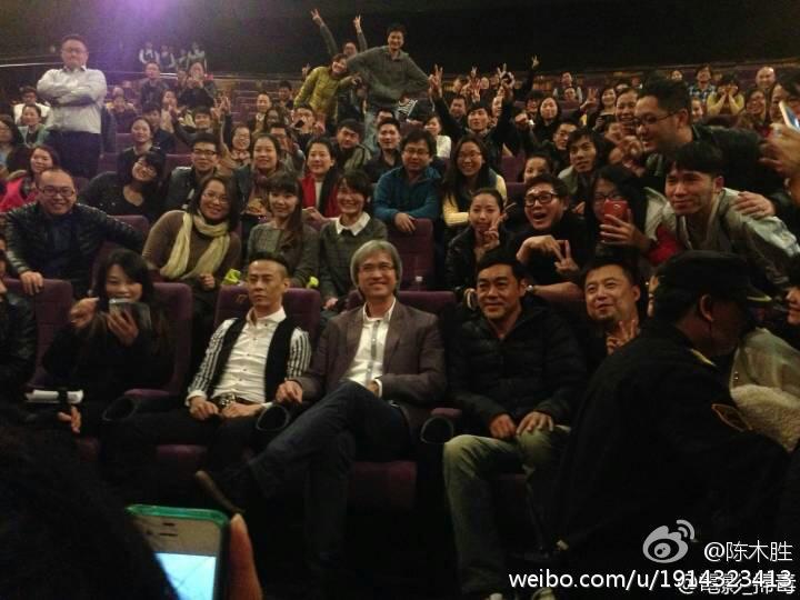 在《扫毒》上映期间,陈木胜与主演们在内地多家影院做路演