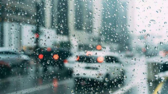 上海再發暴雨、雷電預警,啟動全市防汛防臺Ⅳ級應急響應