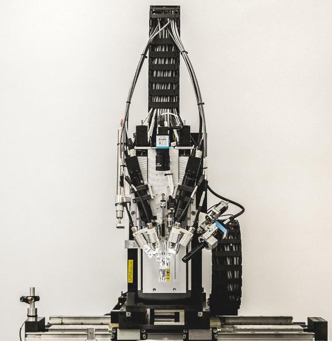Neuralink2019年发布的缝纫机器人