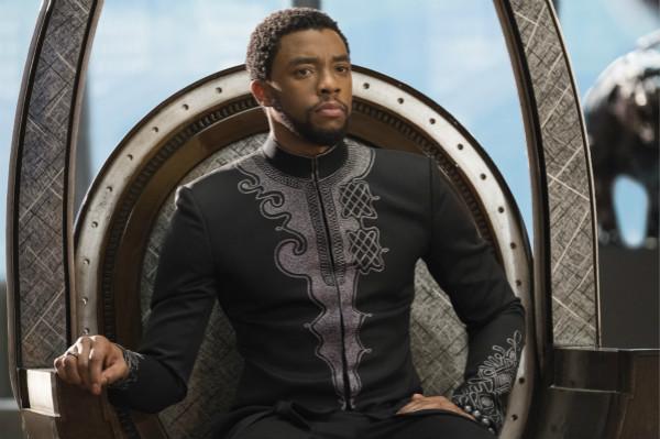 """因飾演漫威超級英雄""""黑豹""""而家喻戶曉的美國非裔演員查德維克·博斯曼"""