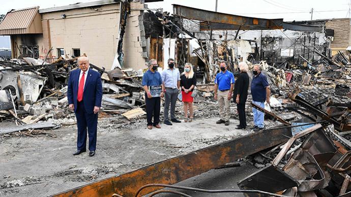早安·世界|特朗普訪問威斯康星州受騷亂影響地區