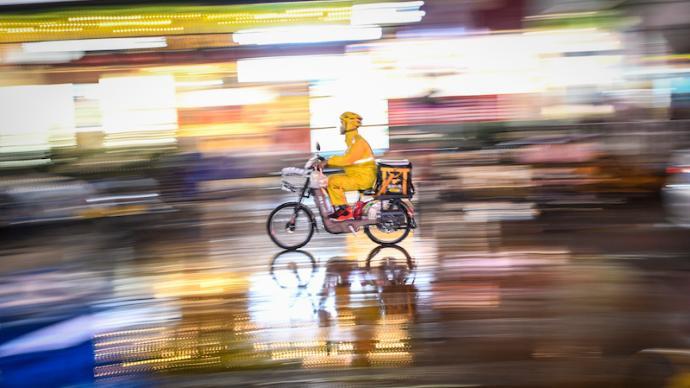 外賣騎手何處去?破解零工經濟困局的三條出路