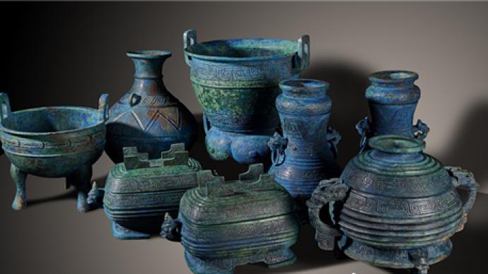 曾伯克父青铜器群从日本追索回国后在湖北展出