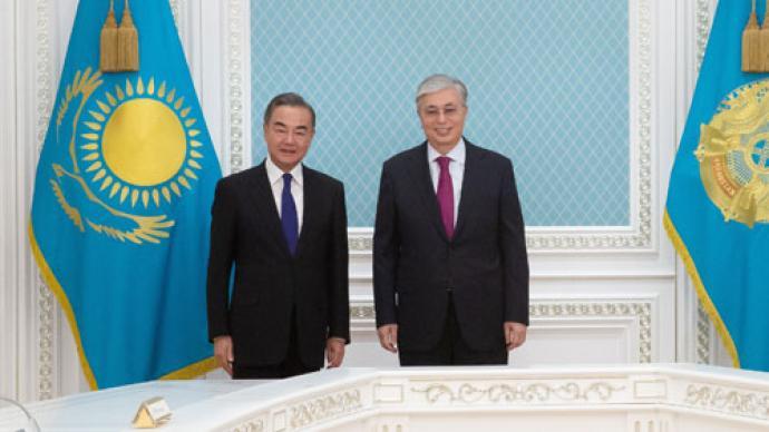 哈薩克斯坦總統托卡耶夫會見王毅