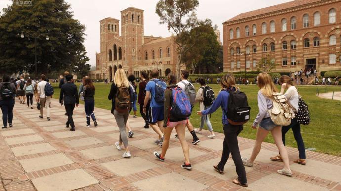 外媒:美计划对国际学生实行新限制,学习4年后申请签证延期