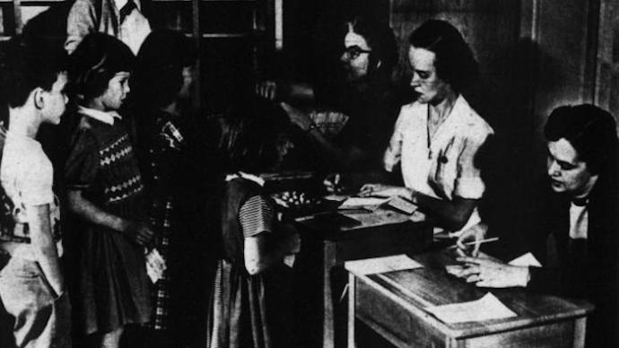 """校园防疫:1918大流感期间美国学校的""""安全挣扎"""""""