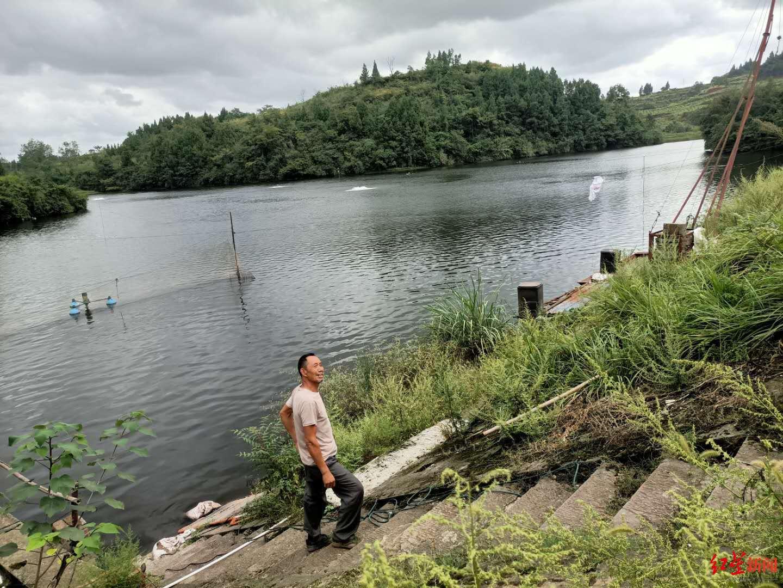 案发第二天,徐某在水库自杀,被水库管理员老彭发现并救起