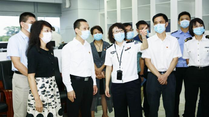 重回南山:深圳市政府秘書長曾湃兼任南山區委書記職務