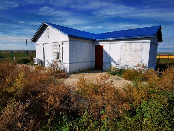 巴图孟和原来的家,这里也是他当年持刀捅杀同伴的现场。 本文图片均为澎湃新闻记者 朱远祥 图(除特别注明外)