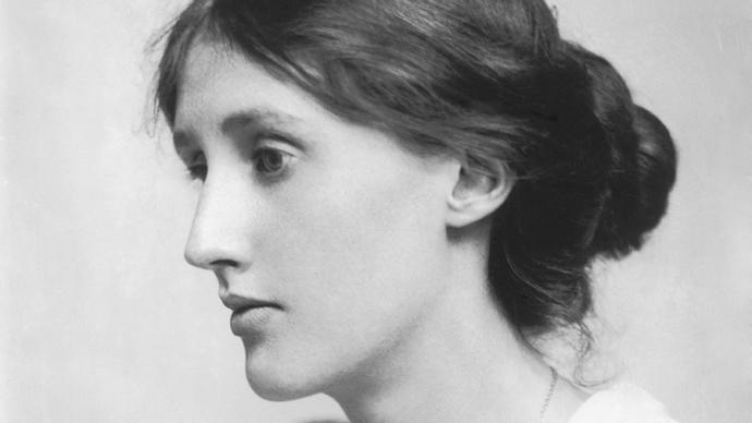 伍爾夫小說處女作《遠航》:父權社會與女性意識的覺醒