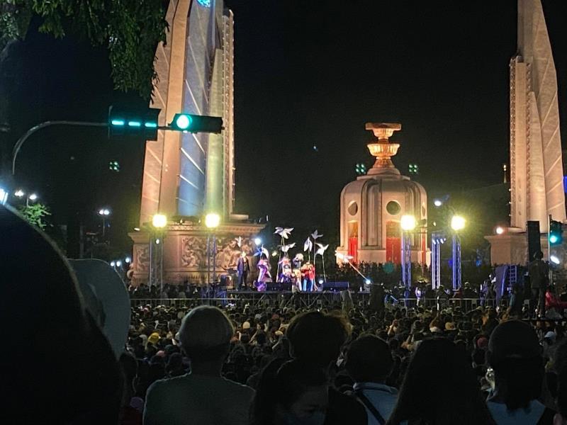 伊提功参与8·16抗议集会现场