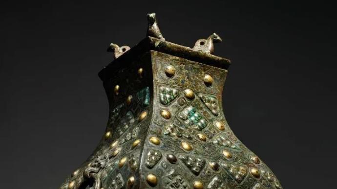 纽约亚洲艺术周,战国青铜琉璃方壶成交五千多万元