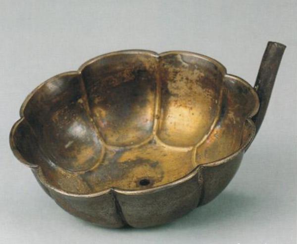 唐代 银鎏金碧筩杯 西安何家村出土  陕西省博物馆藏