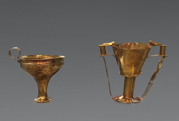迈锡尼文明 金质高足杯 希腊伯罗奔尼撒半岛出土 雅典希腊国家考古博物馆藏