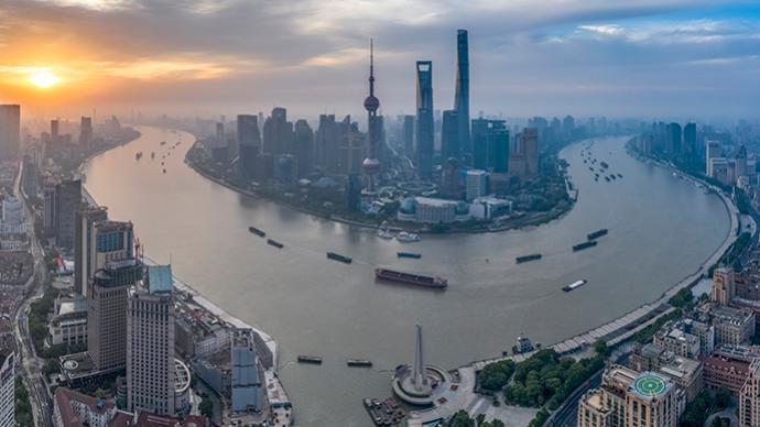 借鉴国际经验践行两城理念:上海需做好水文章,打造南北轴