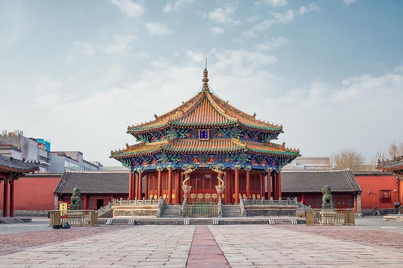 """""""宫高殿低""""的建筑风格也是沈阳故宫的一大特色。"""