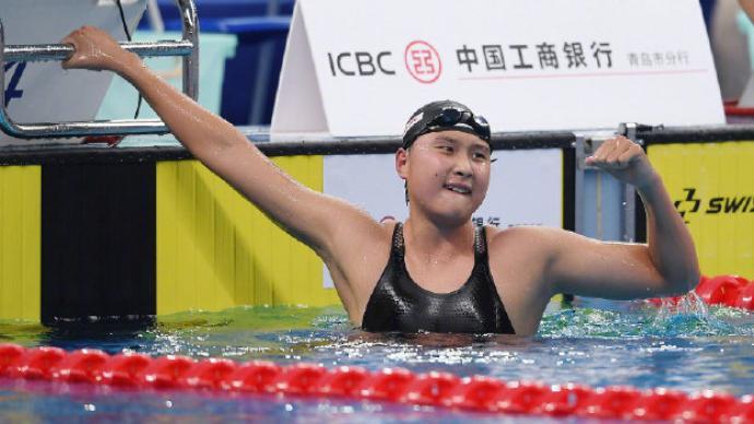 王简嘉禾破女子1500米自由泳亚洲纪录