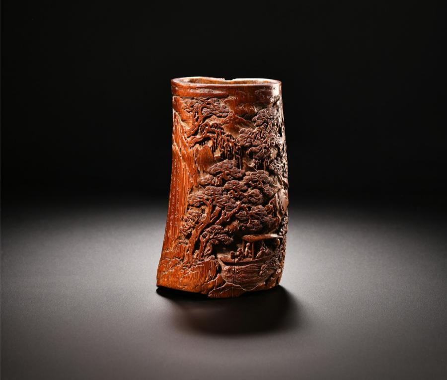 清 邓渭 竹雕赤壁夜游图笔筒口径6.2厘米 高11.5厘米
