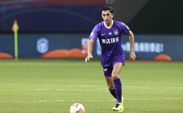 艾哈迈多夫从上港转会天津泰达。
