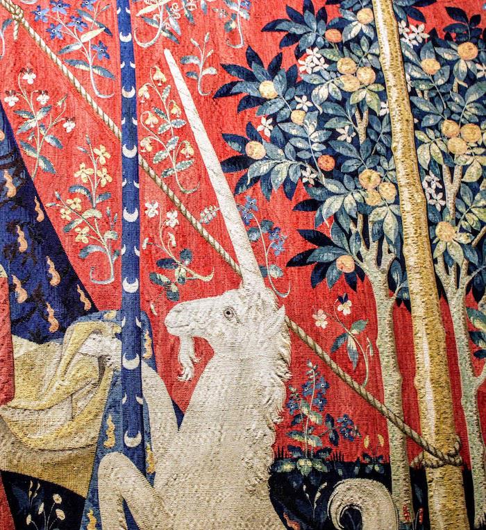 巴黎中世纪博物馆所藏中世纪挂毯上的独角兽(细节)